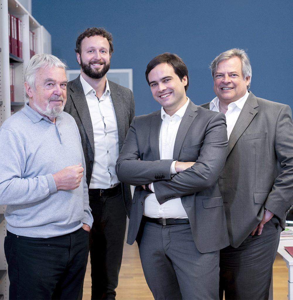 Gruppenbild der Geschäftsführung in Düsseldorf